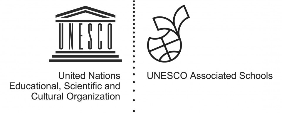 UNESCO Logo International